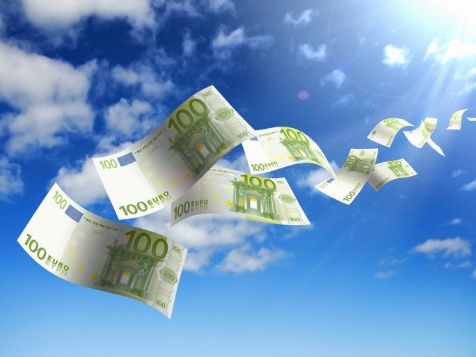 Cloud money © Sergej Khackimullin - Fotolia.com