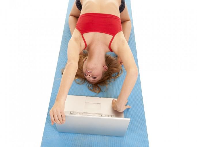agile development, gymnast computer © Poulsons Photography - Fotolia.com