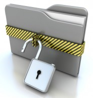 3D gray folder and lock. Data security concept. © alexyndr - Fotolia