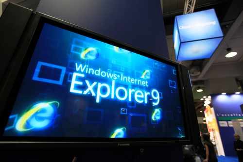 IE, Internet Explorer 9 © 63550558 Shutterstock 2012