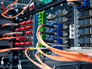 Fibre, network, broadband © Datskevich Aleh Shutterstock 2012