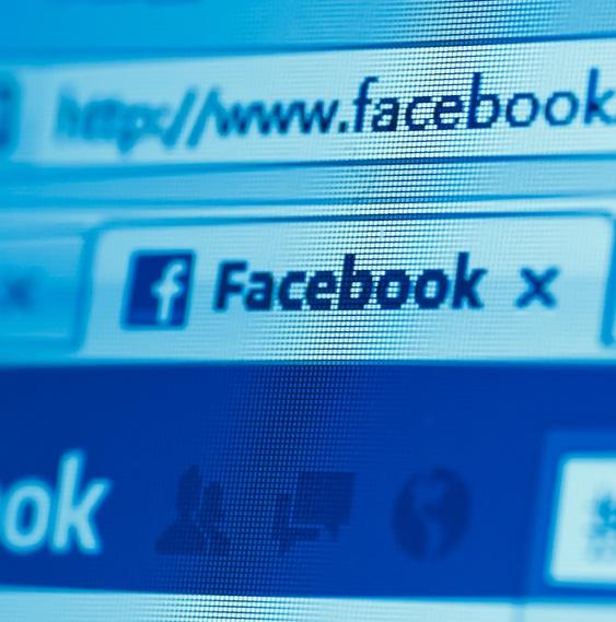 Facebook - Shutterstock - © Pan Xunbin / Shutterstock.com