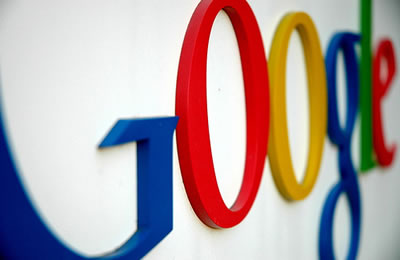 Google-Logo-On-Wall
