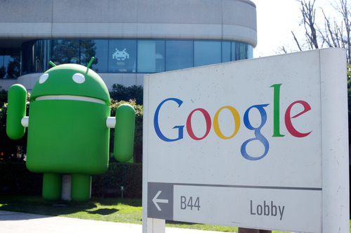 Google, Android © Lyao Shutterstock 2012