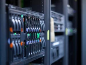 Data centre, servers © Dario Lo Presti Shutterstock 2012