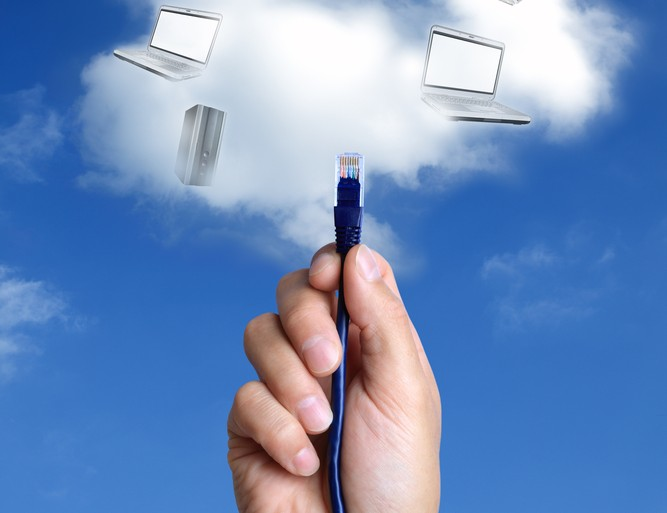 Ethernet cloud rental network © Brian A Jackson Shutterstock