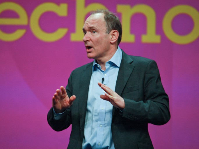 tim berners lee world wide web © drserg / Shutterstock.com