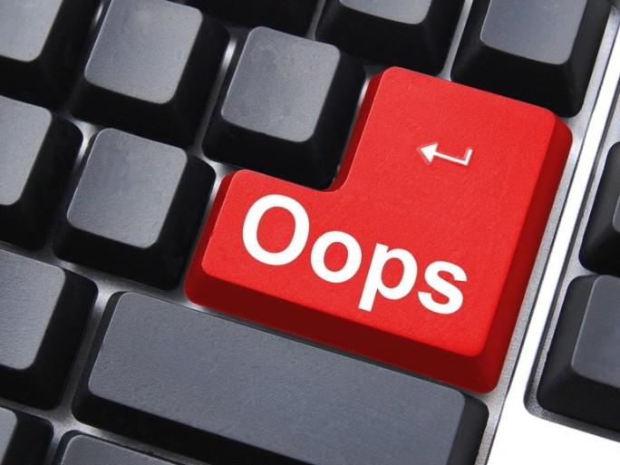 Oops Sorry Fail - Shutterstock - © Gunnar Pippel