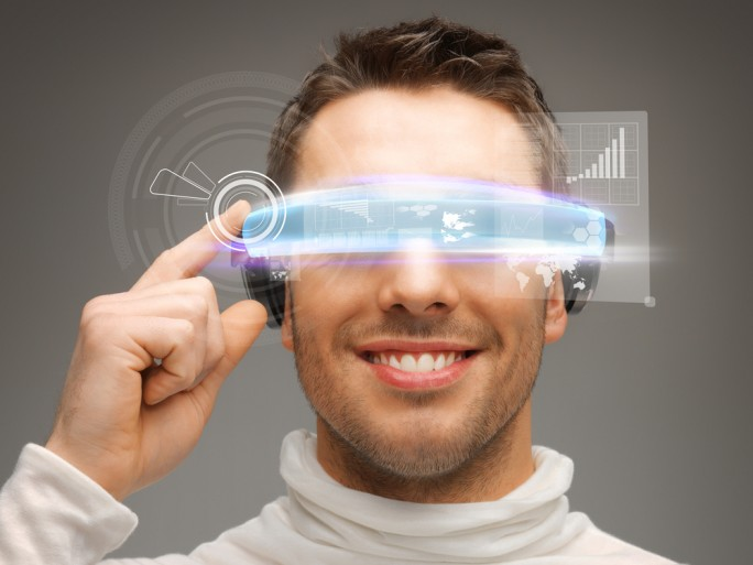 wearable tech glasses slothes © Syda Productions Shutterstock