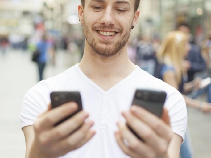 smartphone choice platform © Adam RadosavljevicShutterstock