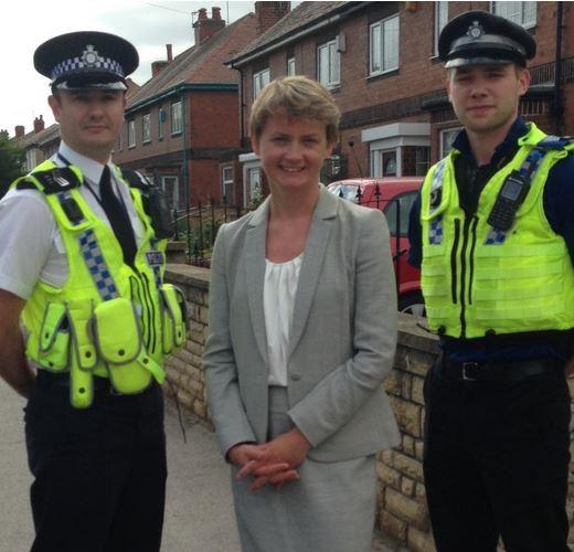 Yvette-Cooper police lead 2