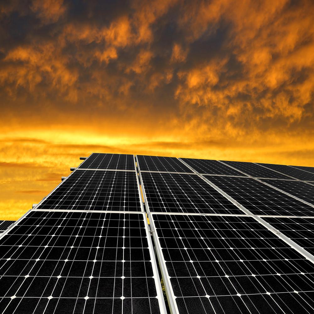 solar panel power plant field © Vaclav Volrab Shutterstock