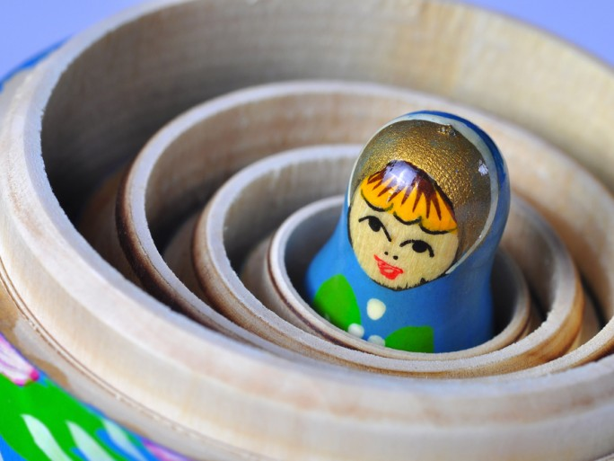 russian doll search yandex privacy soclail media © ruigsantos shutterstock