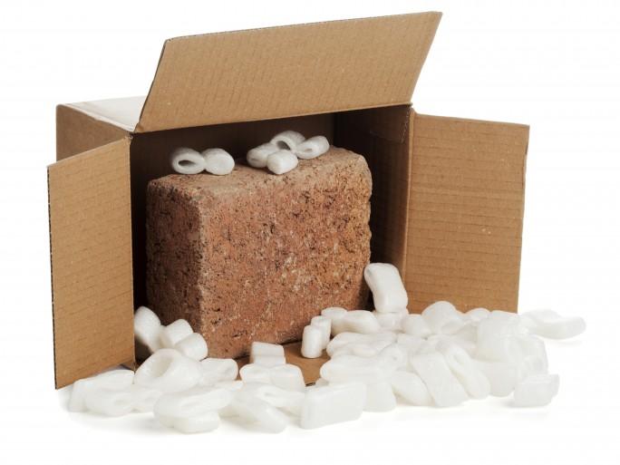 brick parcel fraud ebay © Oliver Hoffmann Shutterstock