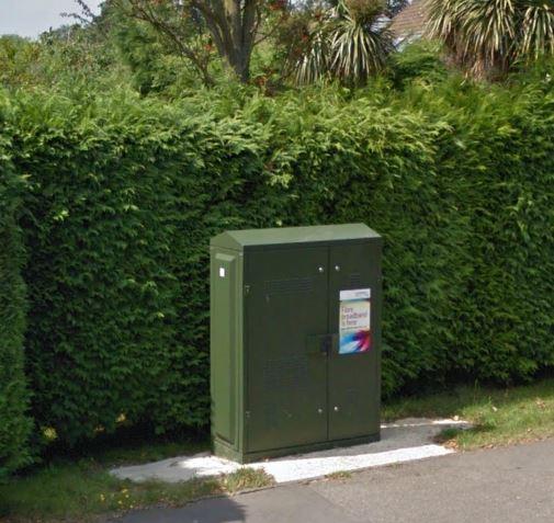 splayfoil road fibre cabinet