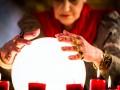 Oracle crystal ball prediction analysis forecast market share © Kzenon shutterstock