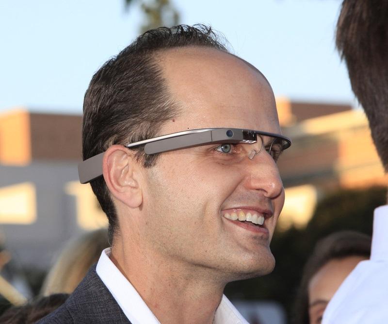 google glass wearer at the intern premiere © Joe Seer / Shutterstock.com