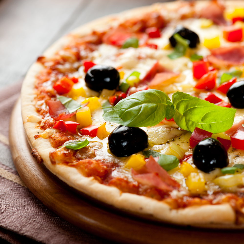 pizz food taeaway delivery © B. and E. Dudzinscy Shutterstock