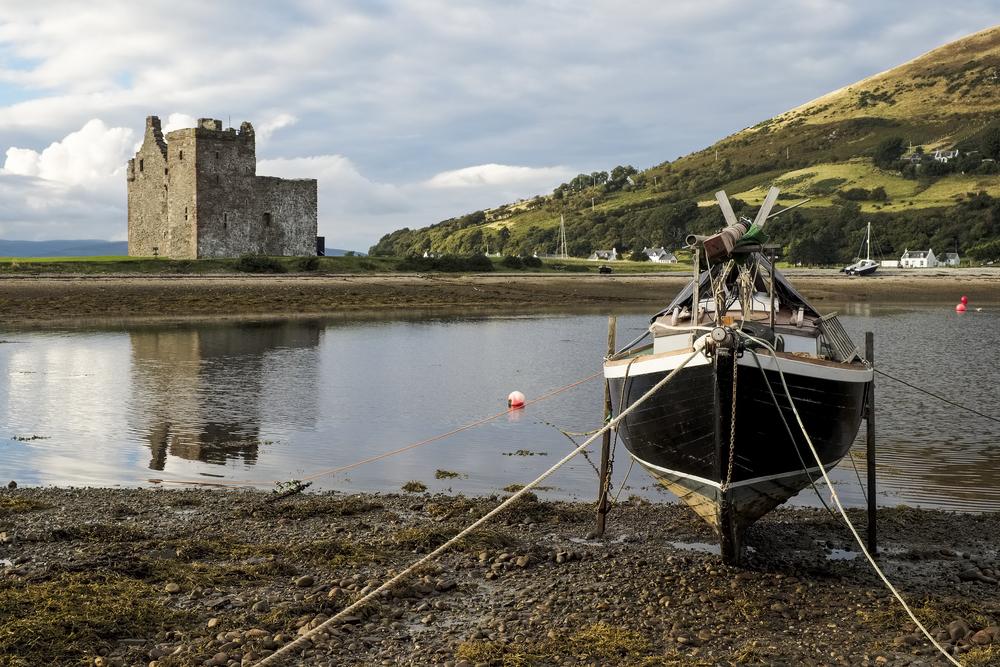 Arran Scotland fishing boat castle Scotland © Richard Bowden Shutterstock