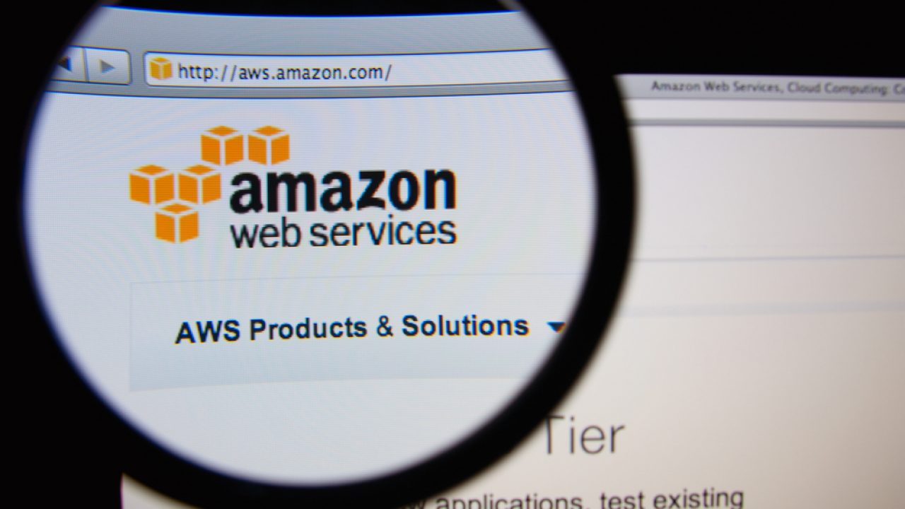 AWS Launches QuickSight Analytics Tool And Snowball Physical