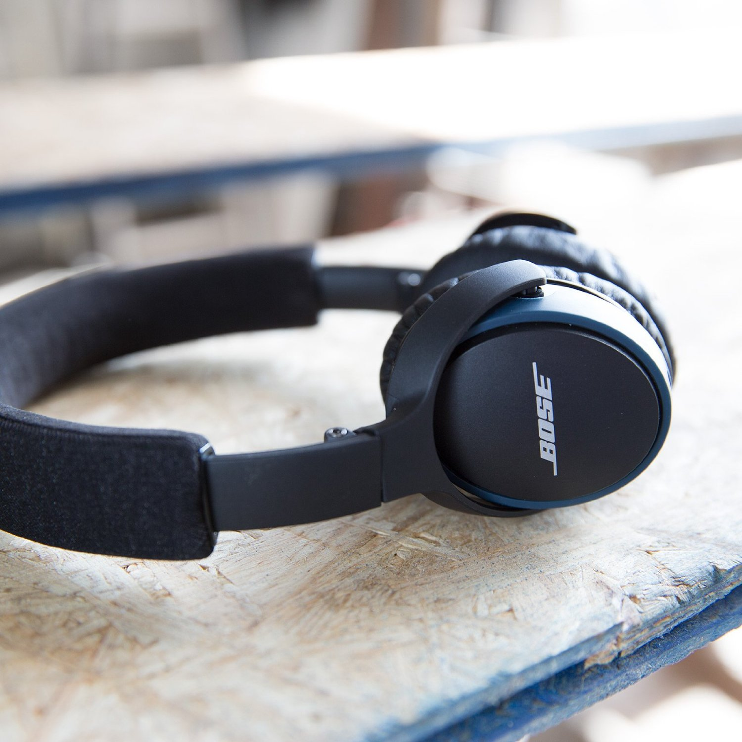 Bose SoundLink Bluetooth On-Ear Headphone