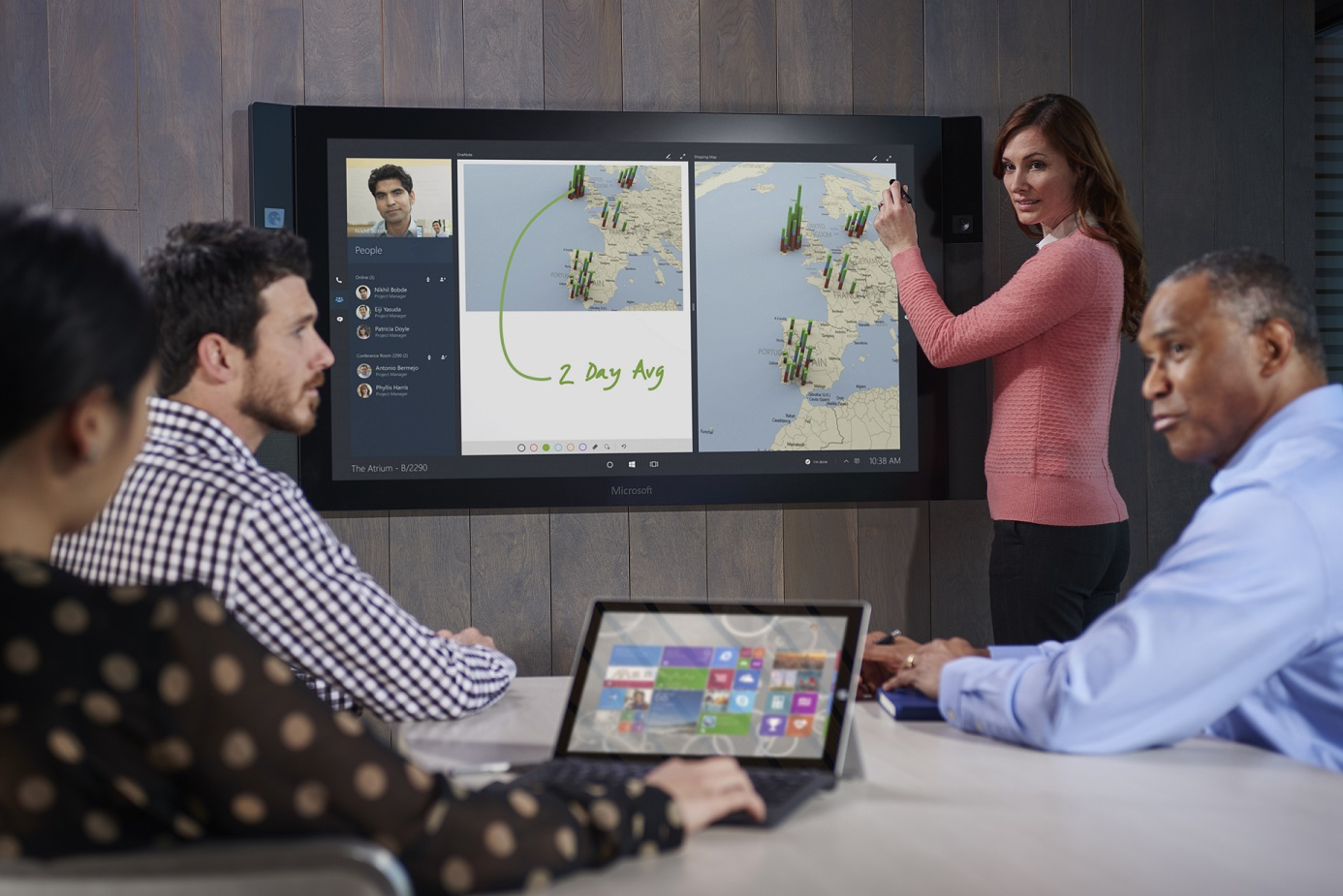 Microsoft_Surface-Hub-4153_A