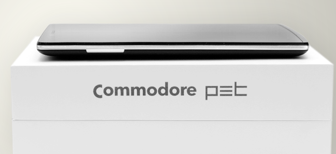 Commodore PET Smartphone Goes Back To The Future