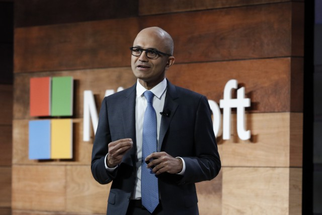 Microsoft crushes it again as cloud revenue growth accelerates