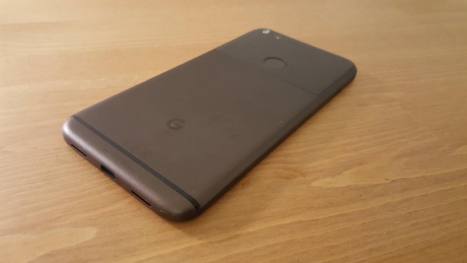 Google Pixel Design rear