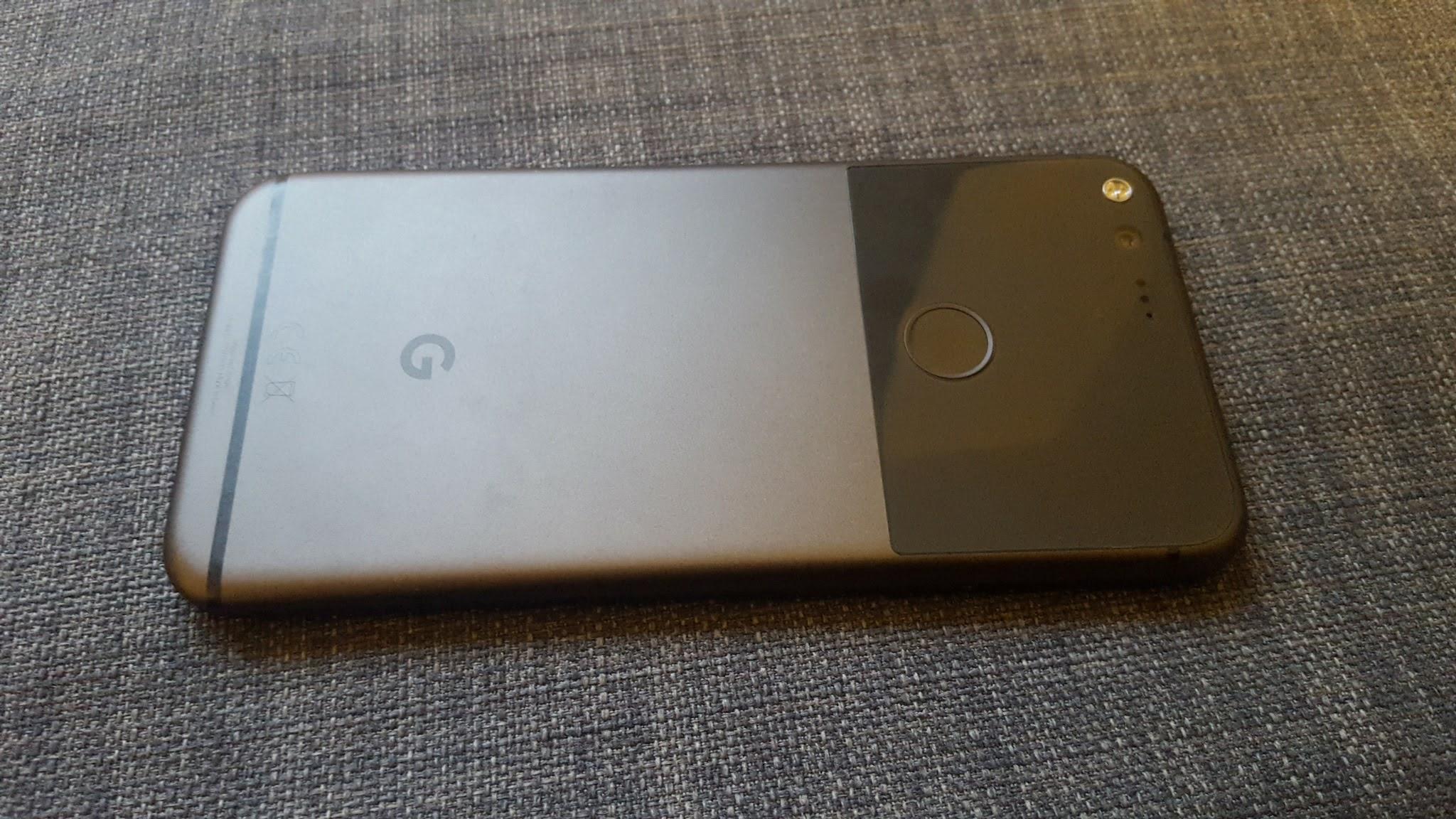 Pixel XL rear