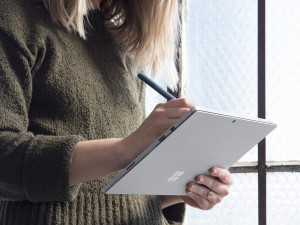 Microsoft new Surface Pro with pen