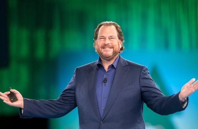 Salesforce resolves massive outage with gradual access restoration
