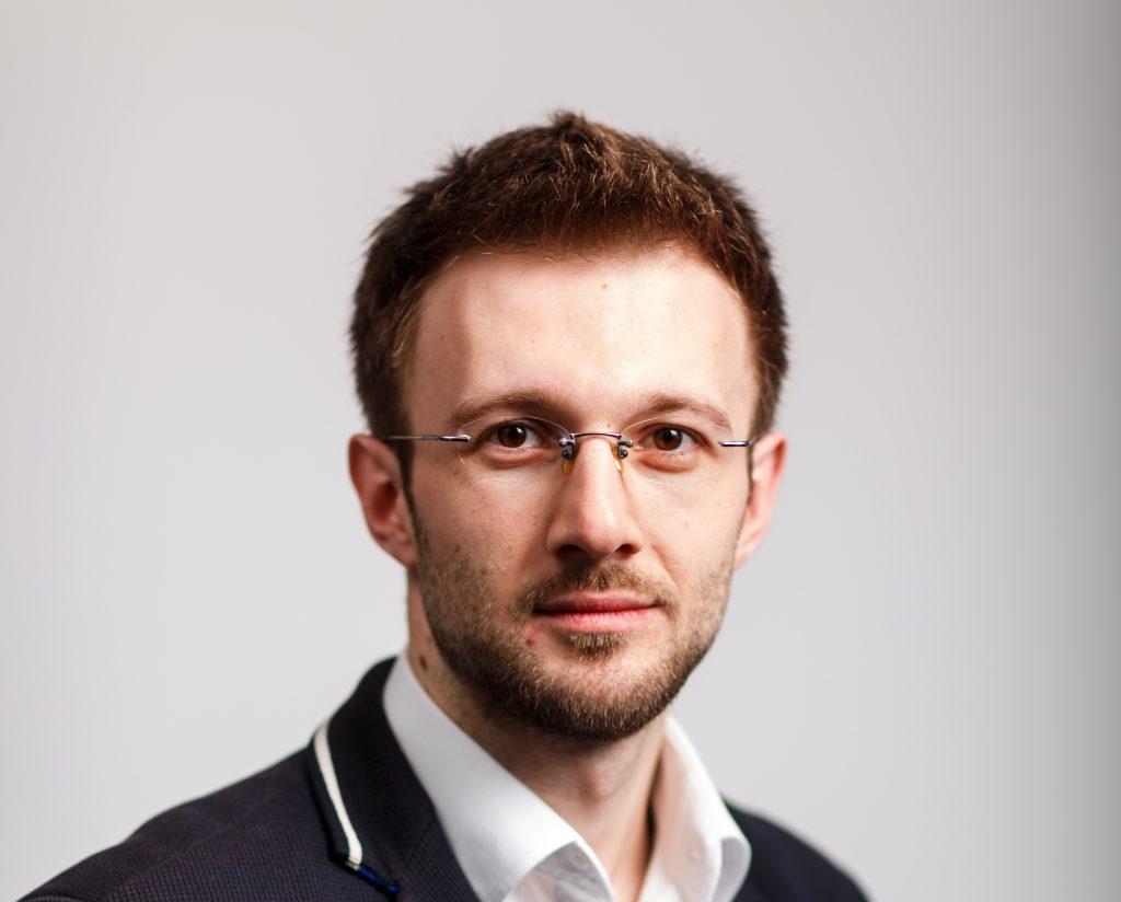 Liviu Arsene - Understanding hybrid cloud security