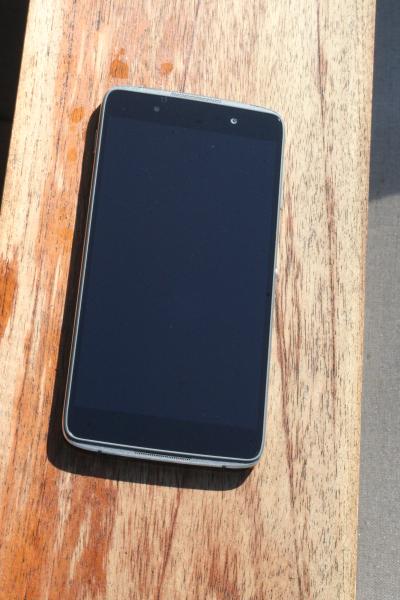 BlackBerry DTEK50 10
