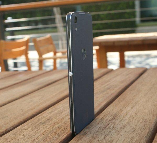 BlackBerry DTEK50 7
